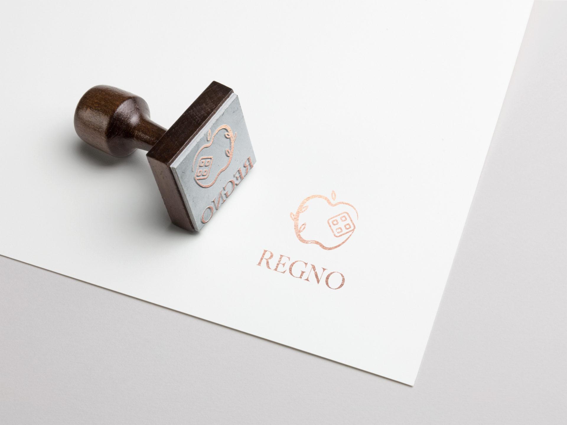 identite-visuelle-logo-professionnel-haut-de-gamme-feminin-tampon-regno